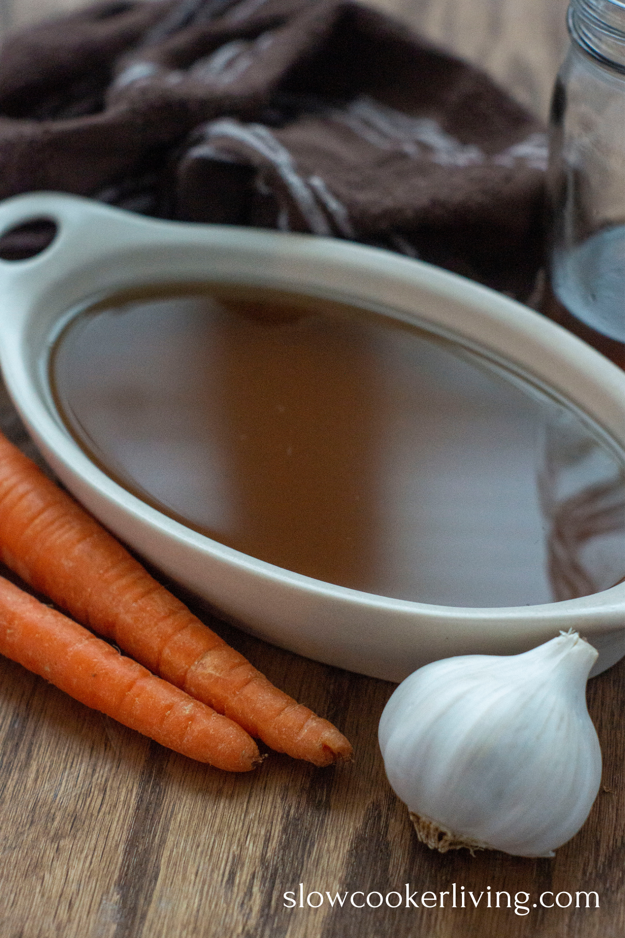 Slow Cooker Vegetable Broth