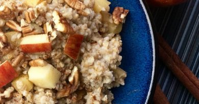 featured image showing the finished Oatmeal in Slow Cooker