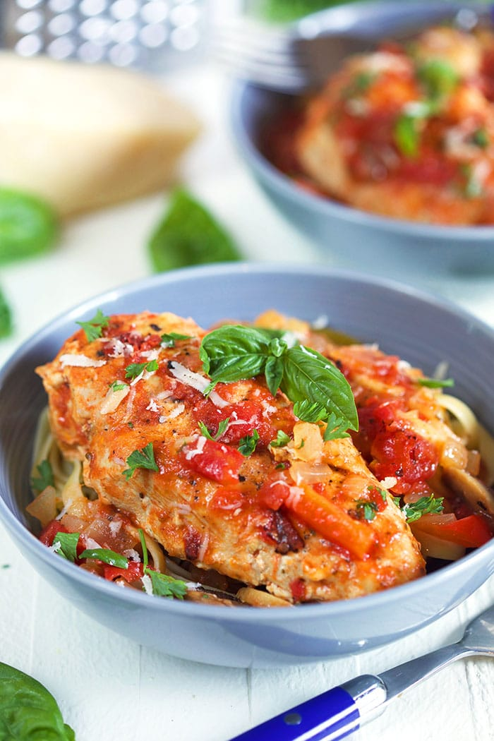 Slow Cooker Chicken Cacciatore Recipe - The Suburban Soapbox