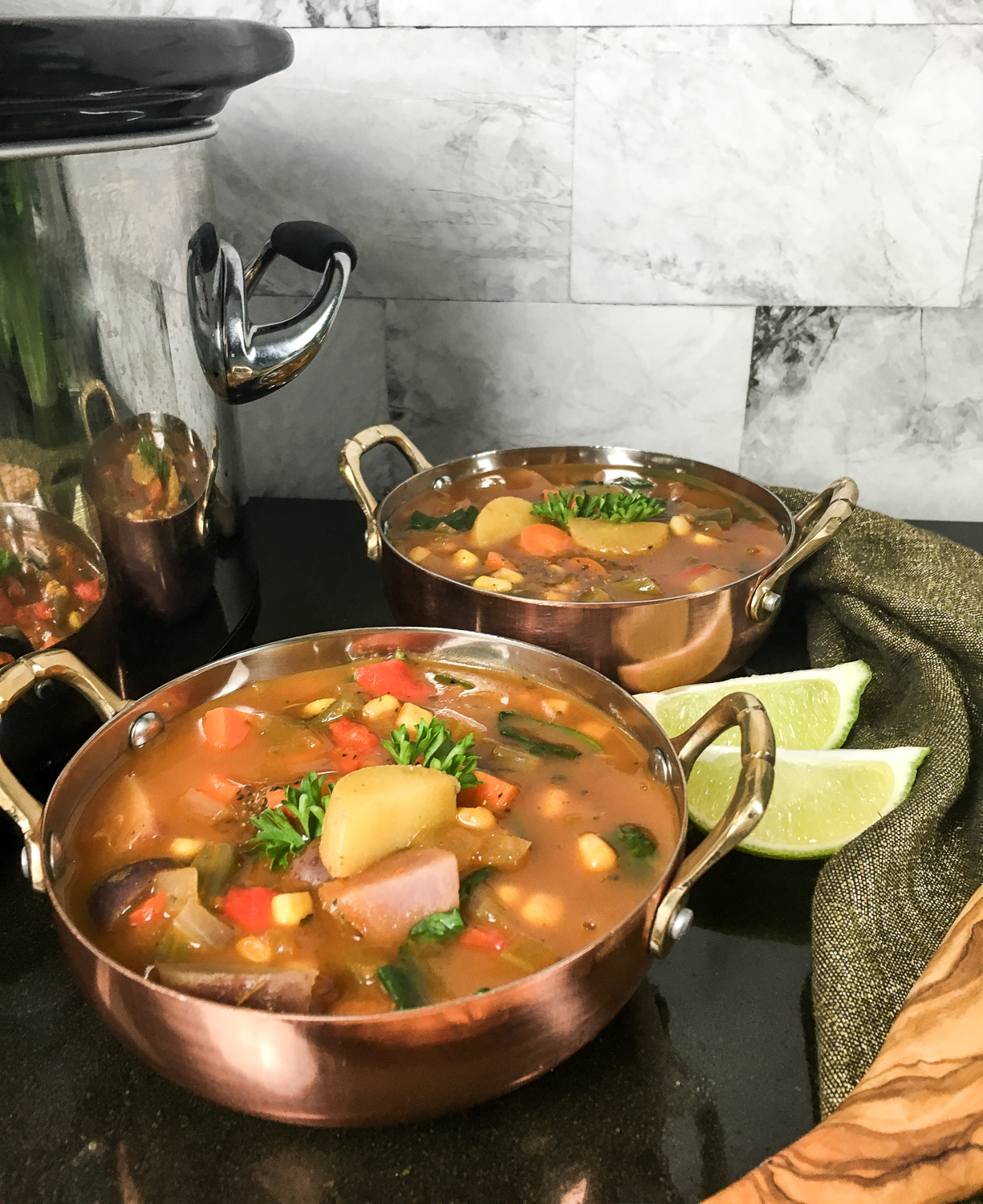 featured image showing the delicious Crockpot Vegetable Soup