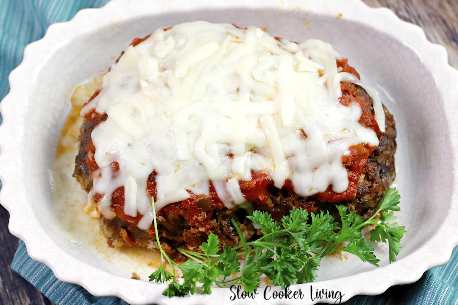Featured image showing the loaf of finished crockpot meat loaf recipe.