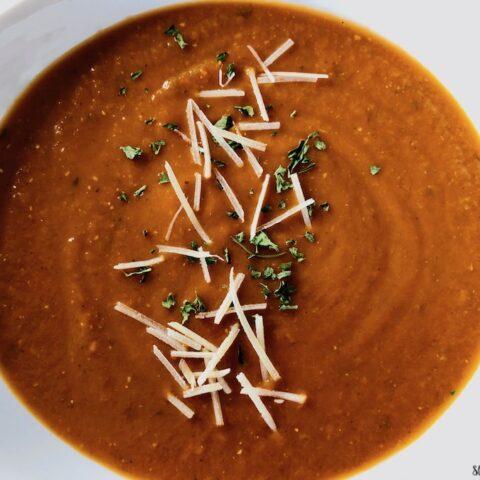 Finished tomato basil pesto soup ready to be served.