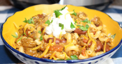 A bowl of the finished slow cooker chili Mac ready to serve.