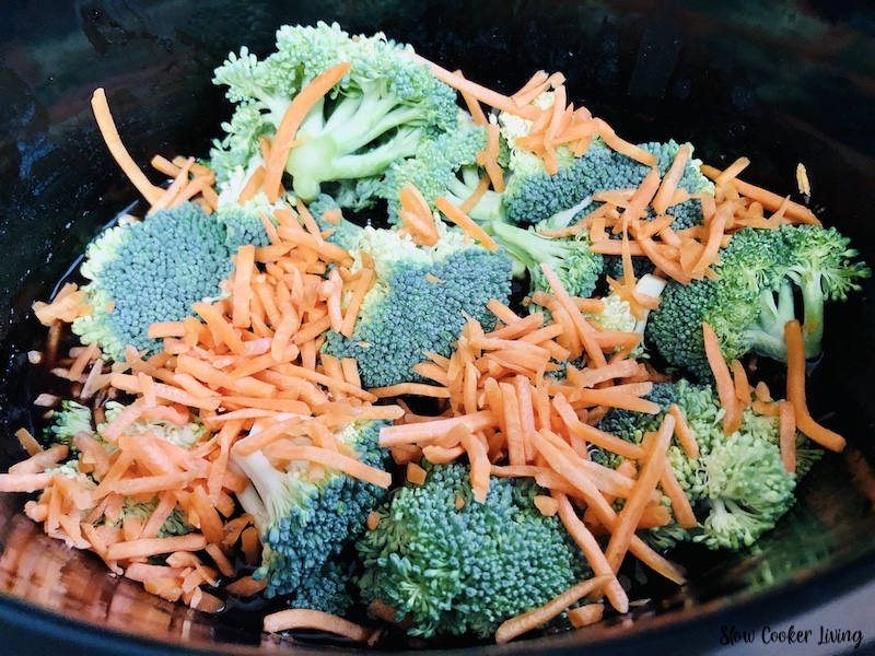 broccoli and carrots added to the cooked chicken.