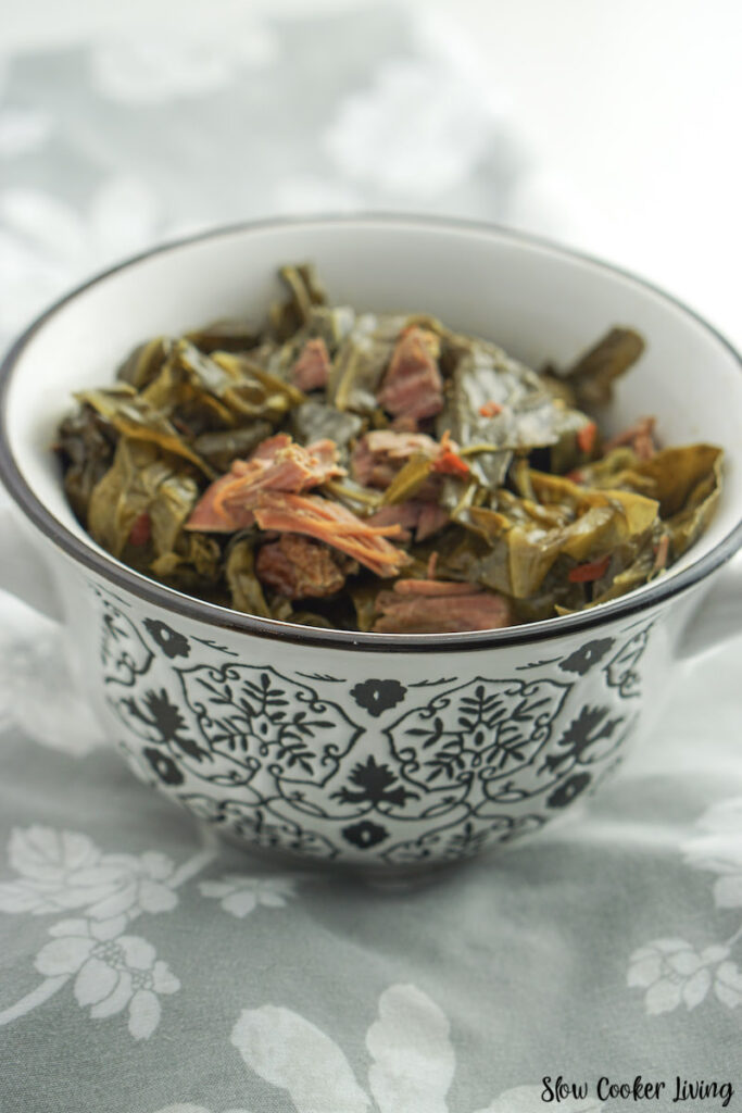 A look at the finished Crockpot collard greens ready to serve.